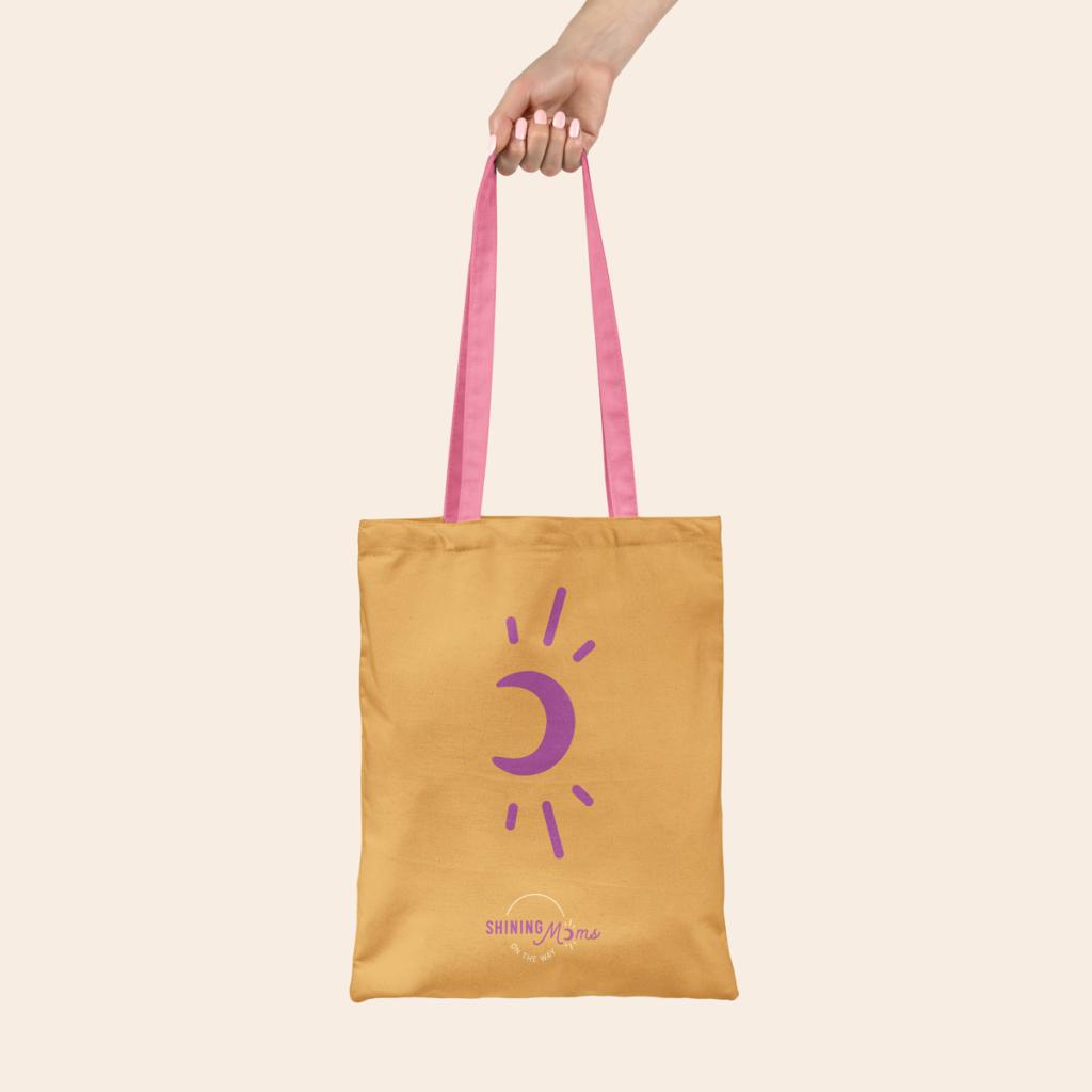 Identité visuelle Shining Moms sur un sac en tissu